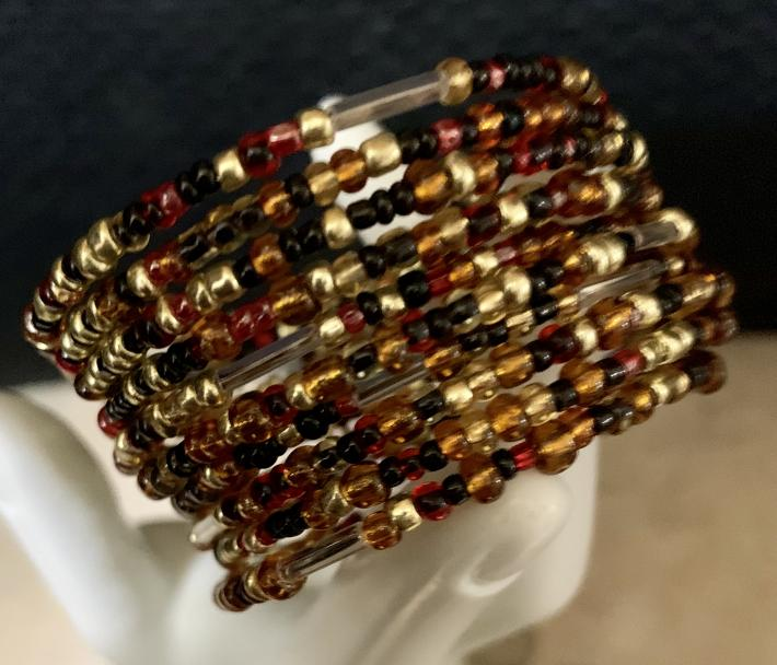 Handmade Memory Wire Bracelet Glass Seed Beads Amber Black Gold 66