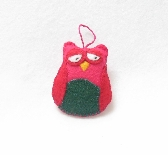 Owl Ornament or gift tie crafted in Eco Felt colors reds and green