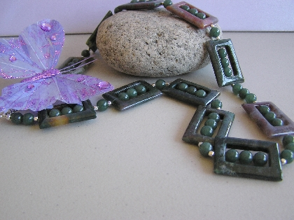A Square in a Round World Necklace of Agates