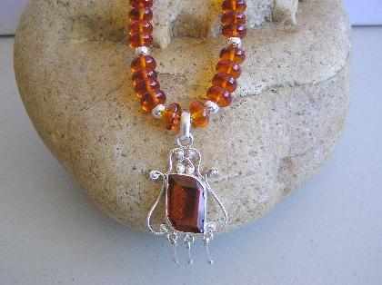 Sweet Honey Amber Necklace