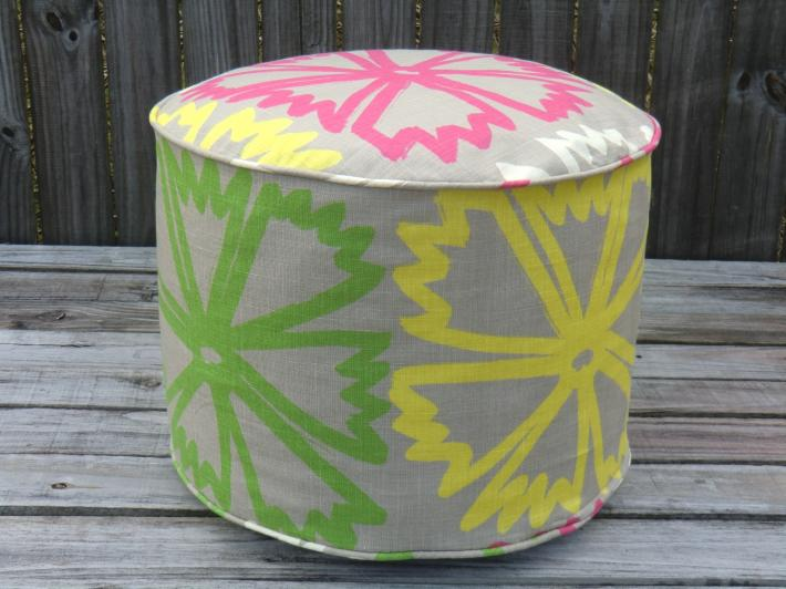 Flower pouf ottoman