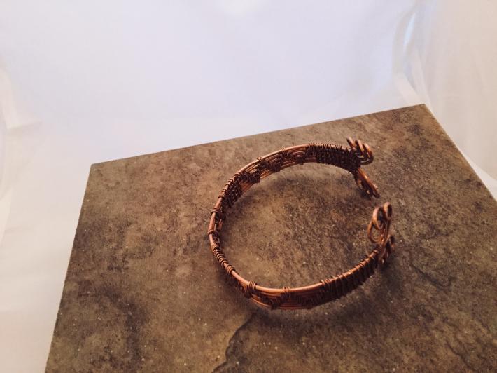 Unisex wire weave cuff
