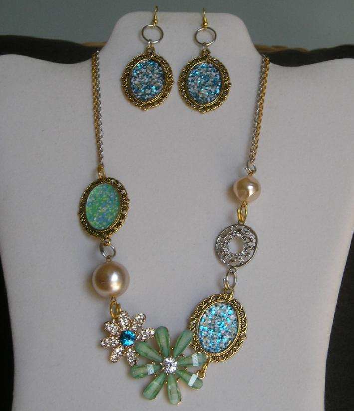 Summer Blue Aqua Fashion Crystal Handmade Necklace Earrings Set
