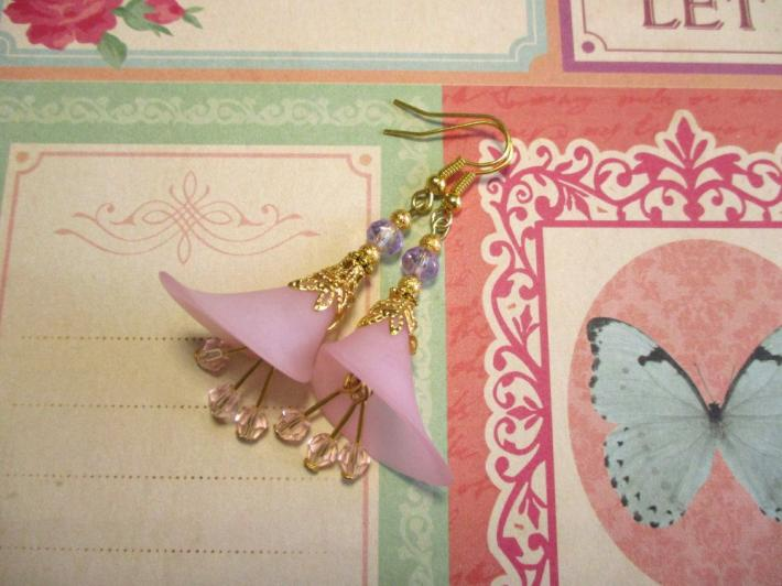 Light Pink Calla Lily Flower and Crystal Gold Tone Earrings