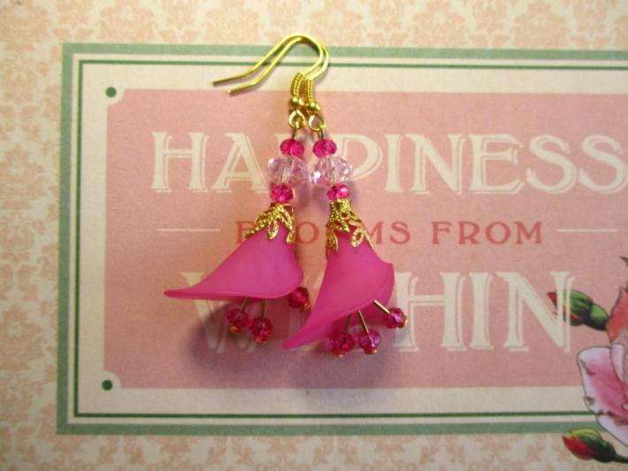Fuchsia Pink Calla Lily Flower and Crystal Gold Tone Earrings
