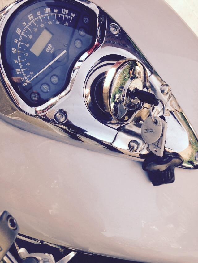Honda VTX 1300 gAS CAP REFIT