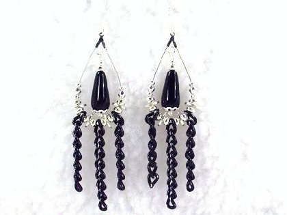 Silver Teardrop and  Black Teardrop Chain Earrings by TamsJewelry