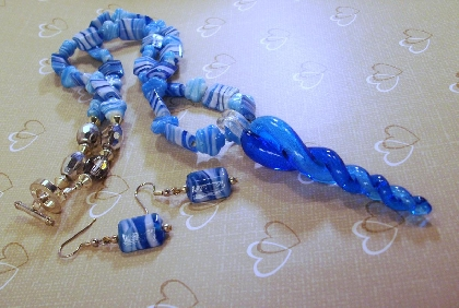 Twisted Aqua Blue Necklace  with Pendant and Earrings by TamsJewelry