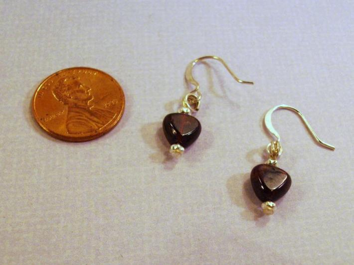 Silver and Garnet heart  Valentines earrings by TamsJewelry