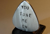 Guitar pick you tune me on in aluminum