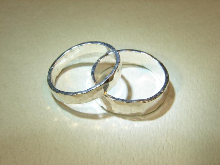 Hammered sparkling sterling silver wedding bands or ring set