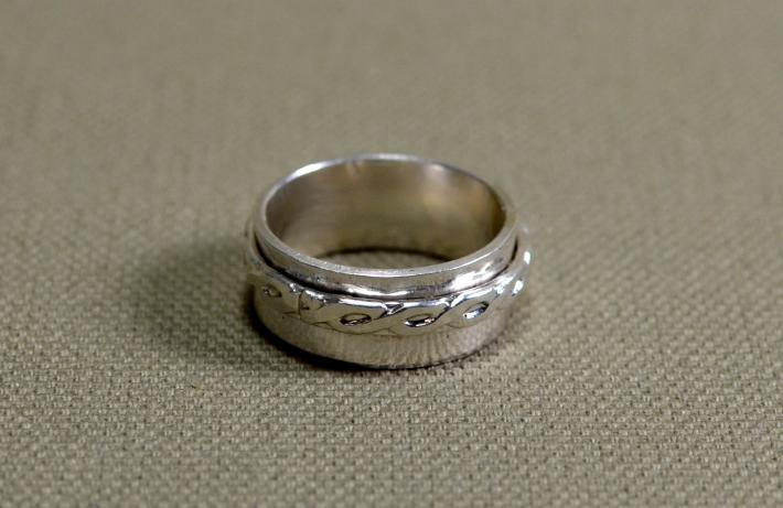 Braided weave sterling silver spinner ring