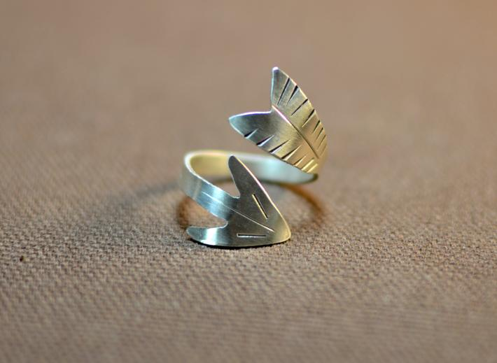 Twisted sterling silver arrow bypass ring