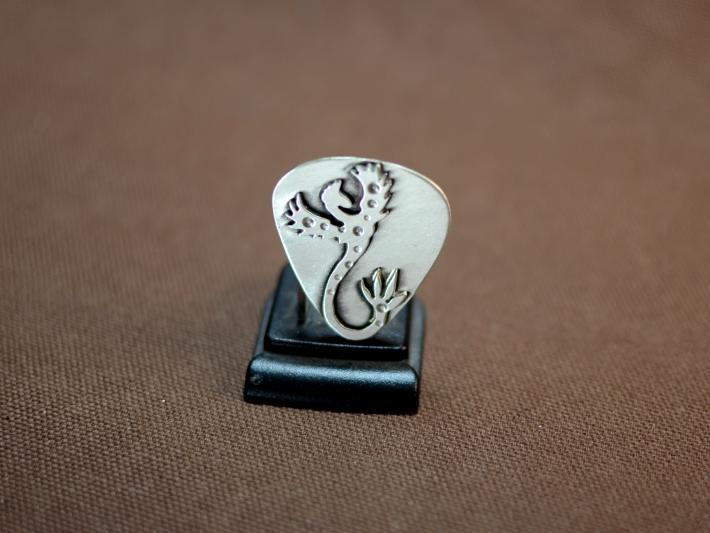Phoenix Guitar Pick in Sterling Silver