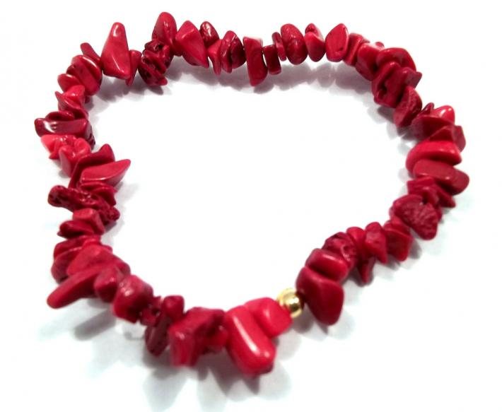Red Bamboo Coral Chip Stretch Bracelet BE1967