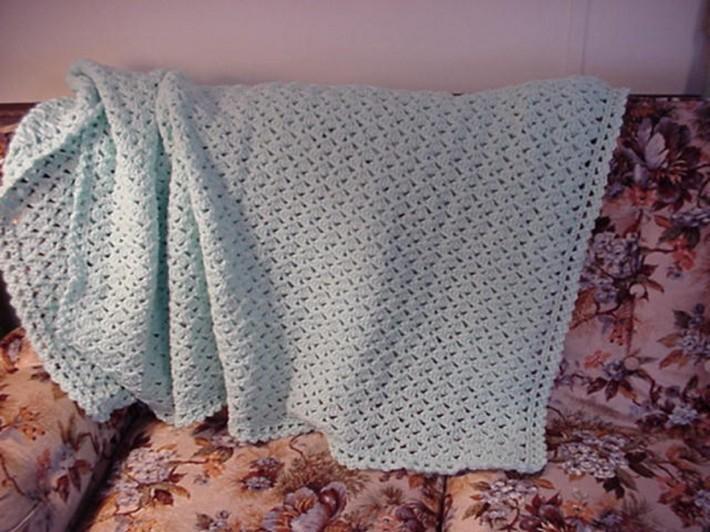 Crocheted Pale Green Lacy Shells Afghan AF4888B