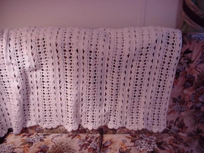Crocheted White Cloud Soft Shells Afghan AF4492A
